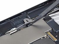 ipad 3g ifixit 2 200x150 - Les entrailles de l'iPad 3G