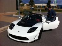 tesla roadster sport laval 0044 200x149 - Tesla Roadster Sport 2.5, essai routier au Québec