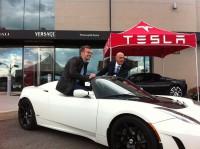 tesla roadster sport laval 0076 200x149 - Tesla Roadster Sport 2.5, essai routier au Québec