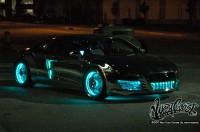 wcc tron night 015 200x132 - Une Audi R8 à la TRON:Legacy!