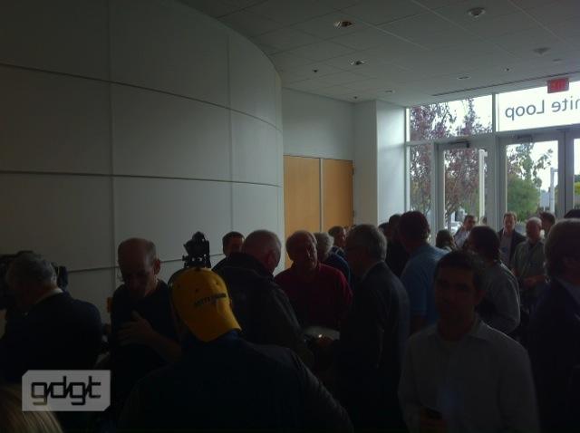 live apple iphone 5 event coverage - Conférence de l'iPhone 4S et de l'iPhone 5 [Live]