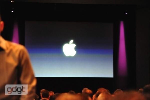 live apple iphone 5 event coverage1 600x399 - Conférence de l'iPhone 4S et de l'iPhone 5 [Live]