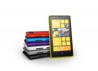 1200 nokia lumia 820 color range 200x146 - Nokia Lumia 820, Lumia 920 et accessoires en résumé