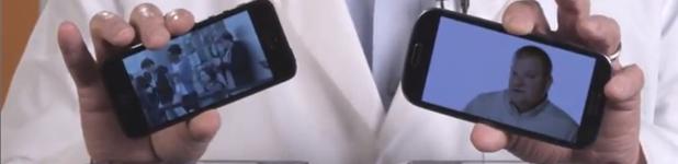 iphone5 vs galaxy s3 - Un iPhone 5 contre un Samsung Galaxy S3 dans un mélangeur!
