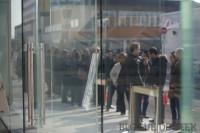 IMG 8170 imp 200x133 - Ouverture du Apple Store du Quartier Dix-30