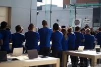 IMG 8199 imp 200x133 - Ouverture du Apple Store du Quartier Dix-30
