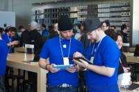 IMG 8249 imp 200x133 - Ouverture du Apple Store du Quartier Dix-30