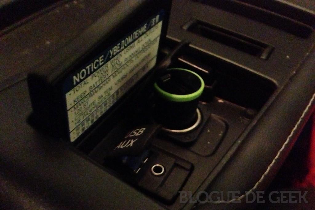 IMG 0806 1024x684 - Chargeur pour auto avec connecteur Lightning de Belkin [Test]