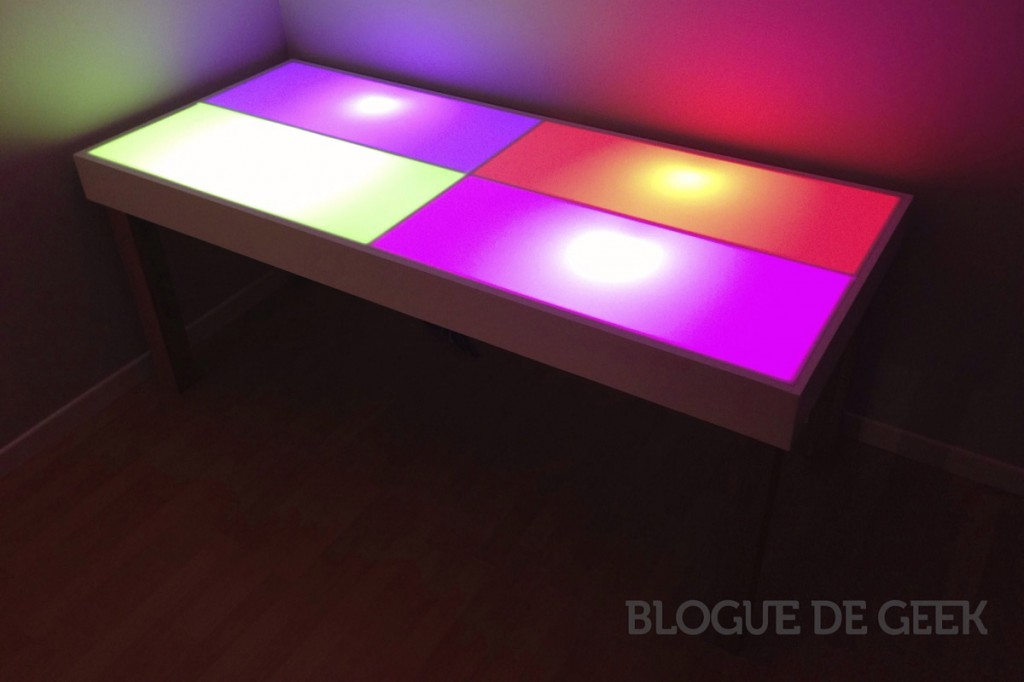 cr ation d un bureau intelligent philips hue projet geek blogue de geek. Black Bedroom Furniture Sets. Home Design Ideas