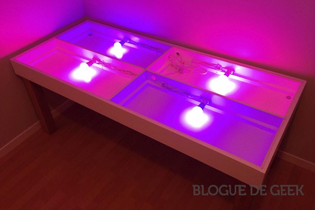 cr ation d un bureau intelligent philips hue projet geek blogue de geek. Black Bedroom Furniture Sets. Home Design Ideas