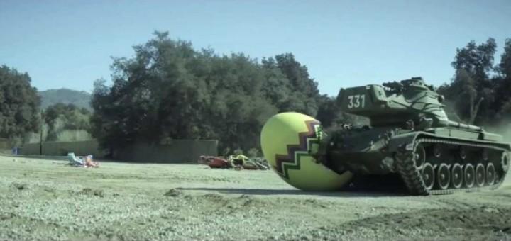 header image 1394753584 - Arnold et son tank: décidez ce qu'il va écraser!