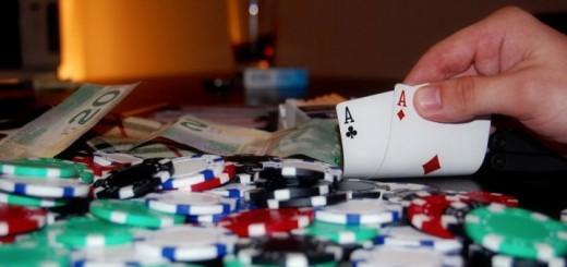 header image 1432761545 520x245 - Jouer, apprendre, puis gagner de l'argent